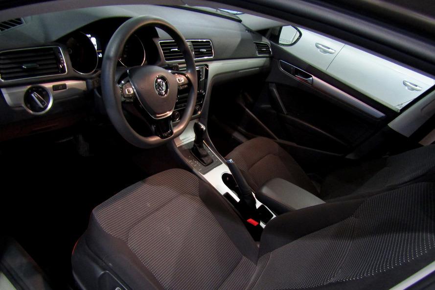Volkswagen Passat 2.5 SE 170ps - 2017