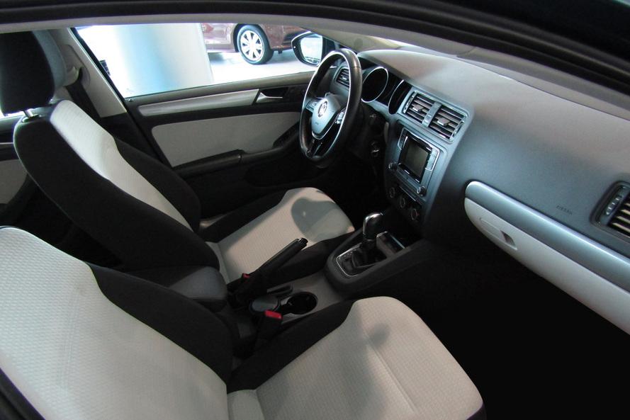 Volkswagen Jetta 2.0 l TSI S+ - 2017
