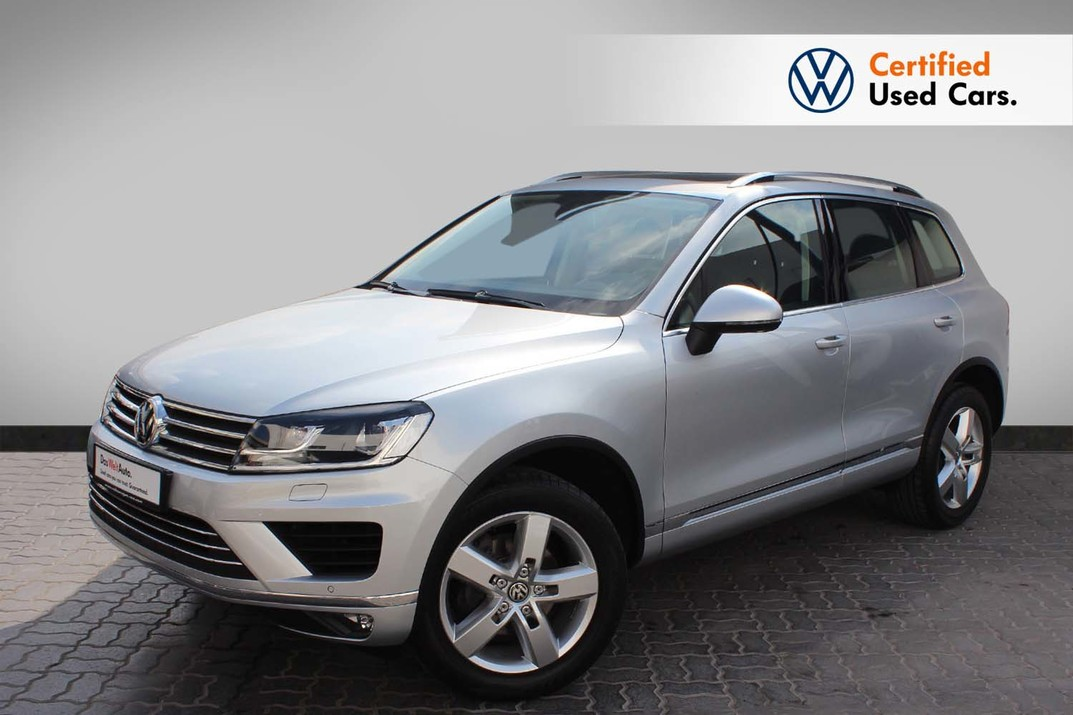 Volkswagen TOUAREG SEL 3.6L - CERTIFIED PRE-OWNED - WARRANTY UNTIL 2021 - DIFFERENT COLORS AVAILABLE - 2016