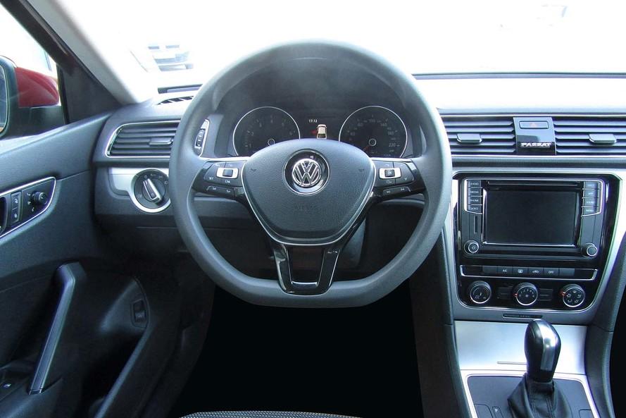 Volkswagen Passat 2.5 170ps Trendline - 2018