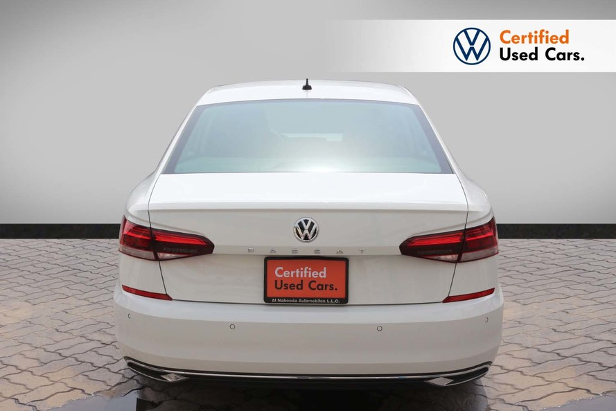 Volkswagen PASSAT NEW PASSAT TRENDLINE 2.5L - Certified Pre Owned - Warranty until 2024 - 2020