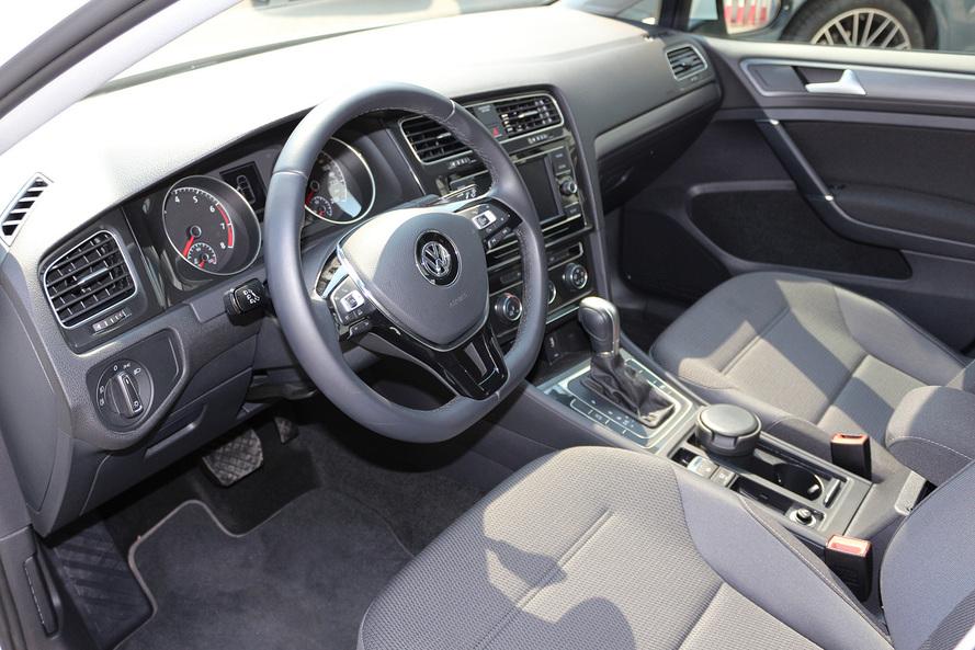 Volkswagen GOLF NEW GOLF SE 1.0L  - CERTIFIED PRE-OWNED -WARRANTY UNTIL 2023 - 2018