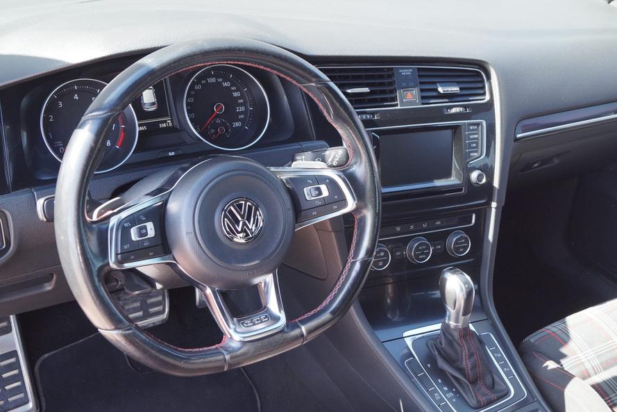 Volkswagen Golf GTI P1 - 2015