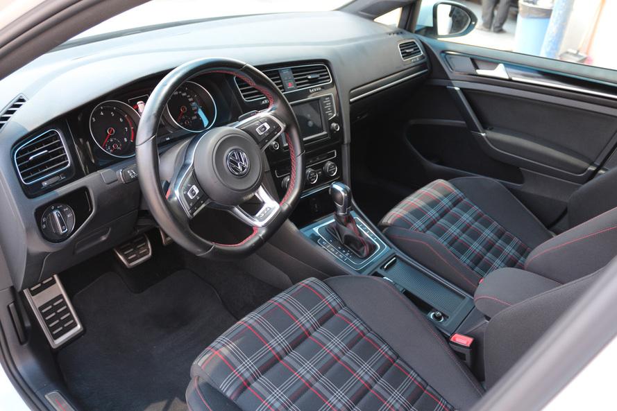 Volkswagen GOLF GTI 2.0L  SEL - CERTIFIED PRE-OWNED - WARRANTY UNTIL 2021 - 2016