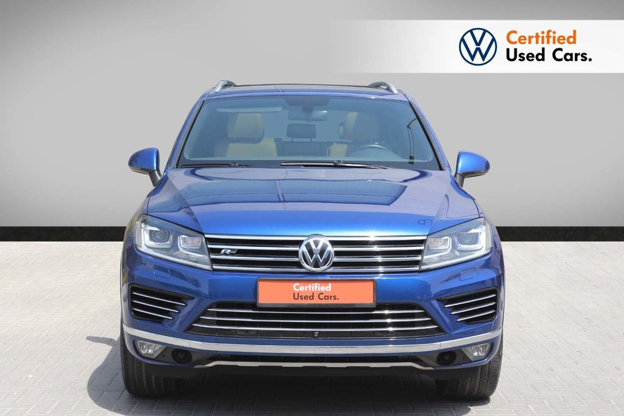 Volkswagen TOUAREG R LINE FACELIFT 3.6L - Certified Pre Owned - Warranty until 2020 - 2015