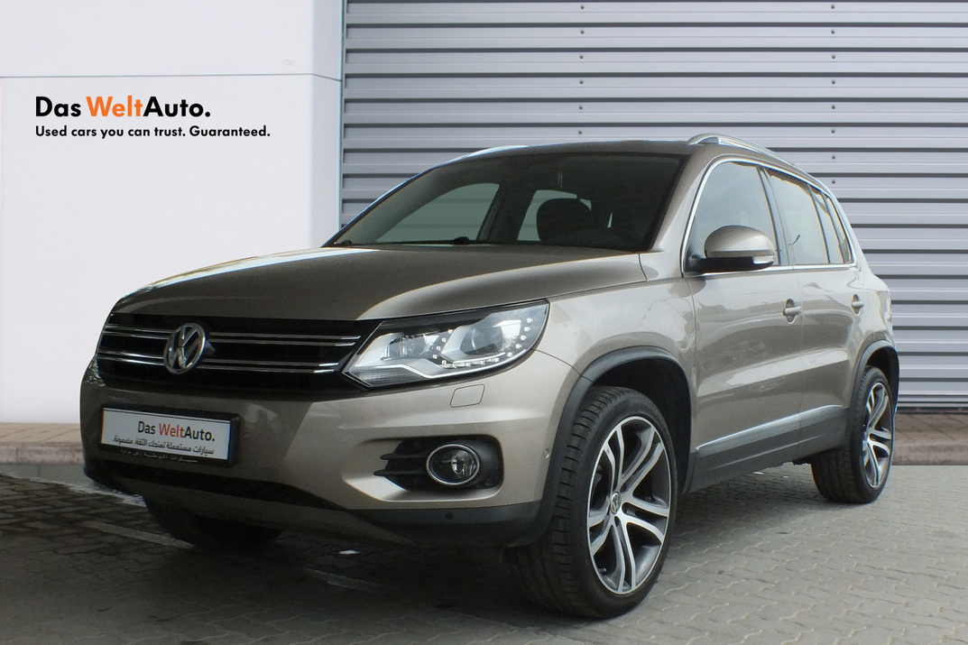 Volkswagen Tiguan 2.0 Litre Turbo Leather seats panaromic roof - 2016