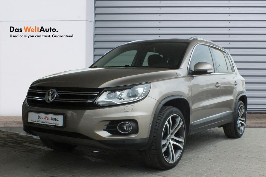 Volkswagen Tiguan 2.0 Litre Turbo Leather seats panaromic roof - 2016