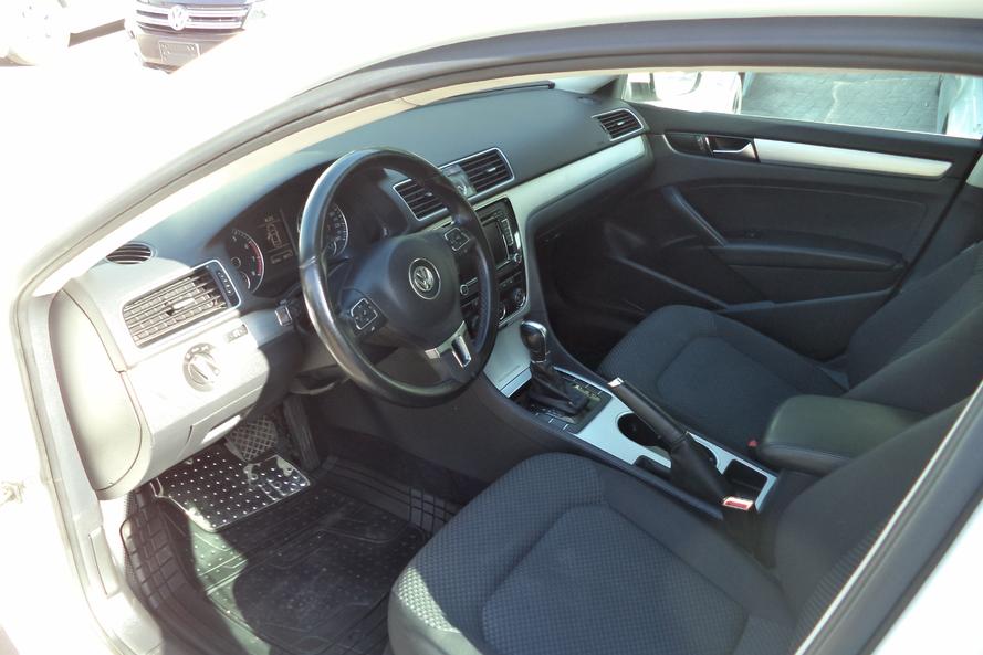 Volkswagen PASSAT VW PASSAT SPORT - 2014