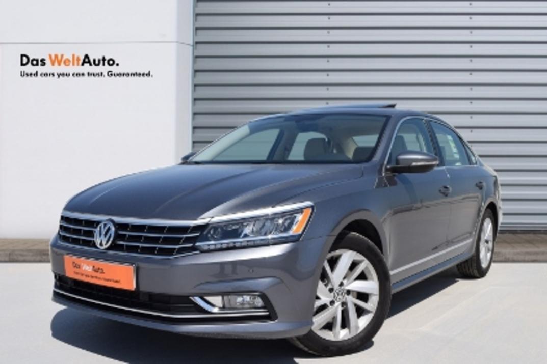 Volkswagen Passat 2.5L -SEL - 2019