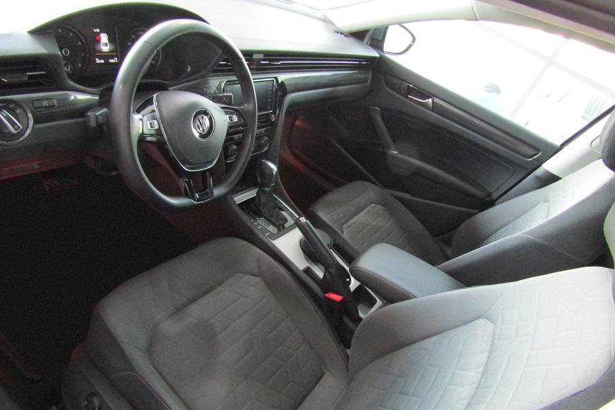 Volkswagen Passat 2.5L 125kw 170bhp A6F - Comfortline - 2020