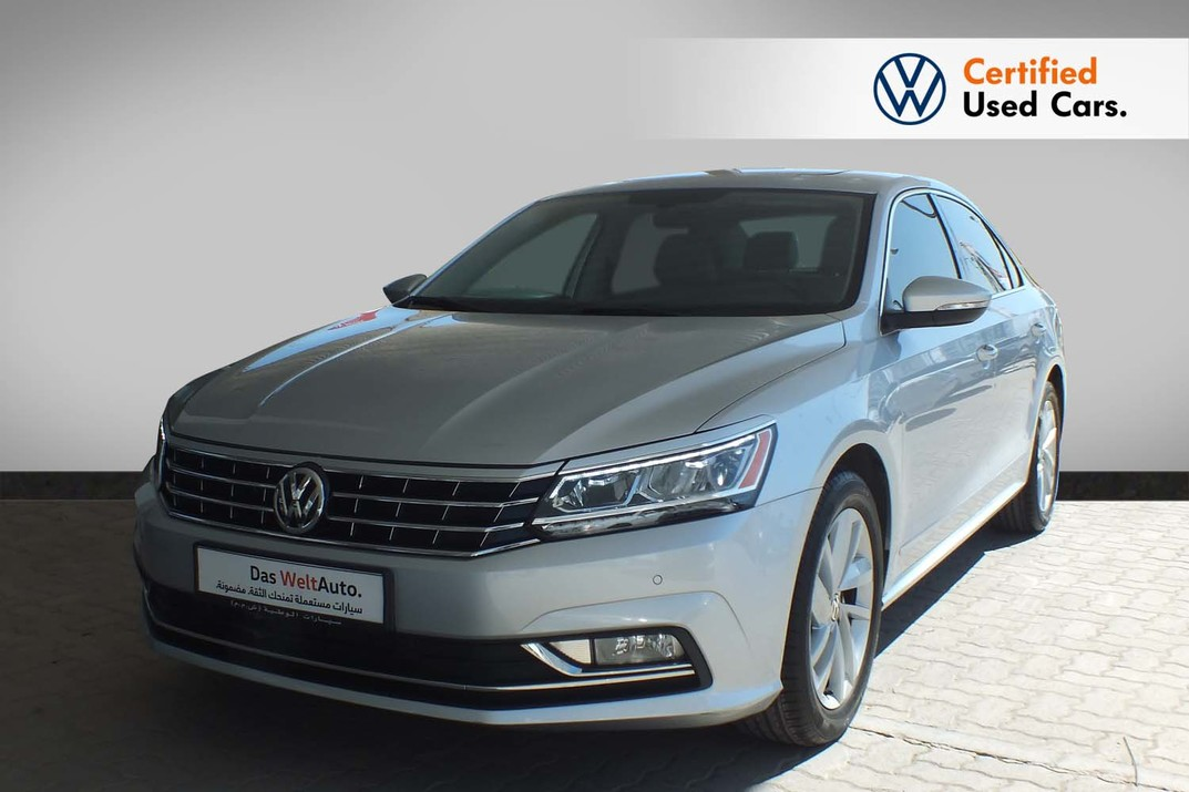 Volkswagen Passat 2.5 SEL Leather Seats Sun Roof - 2019