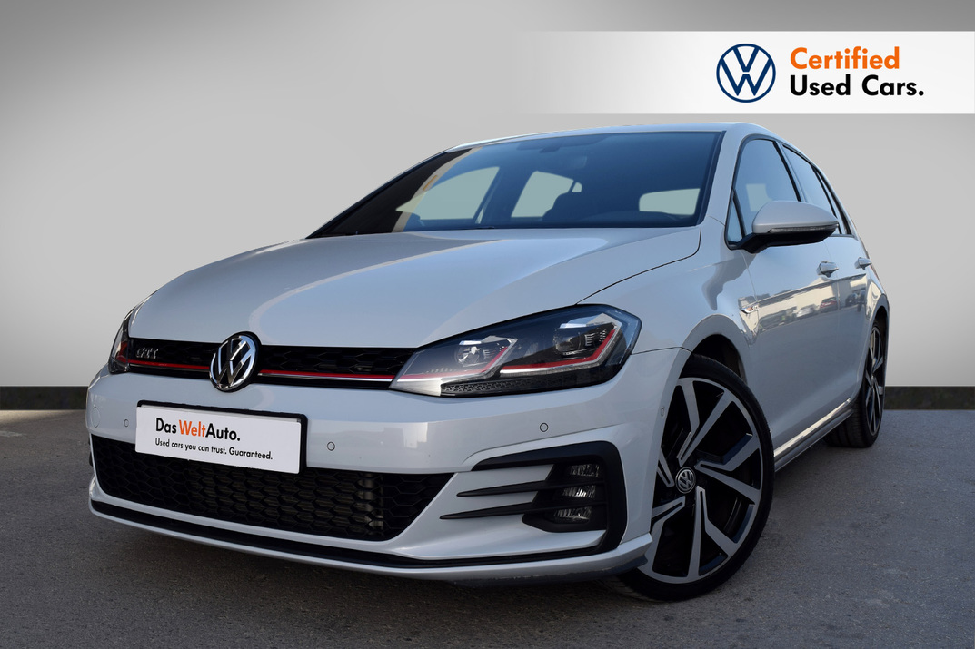 Volkswagen Golf  GTI 2.0L Turbo/230HP - 2018