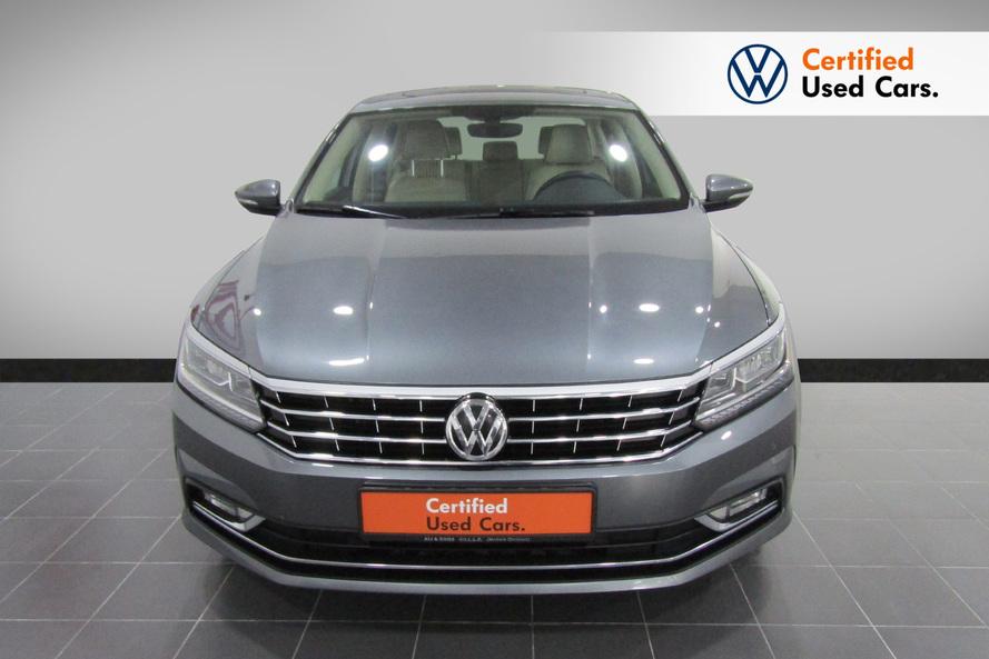 Volkswagen Passat 2.5 Highline (Top Specification) - 2018